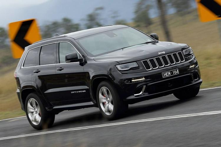 Jeep Grand Cherokee SRT 2013: Road Test