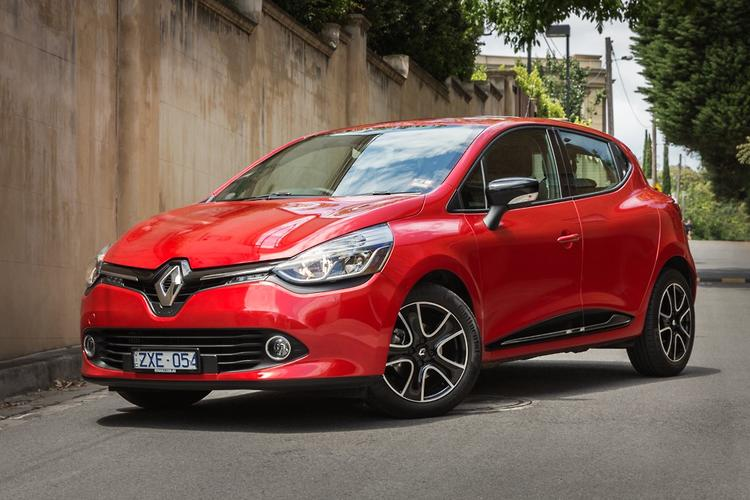 renault clio 2014 review. Black Bedroom Furniture Sets. Home Design Ideas