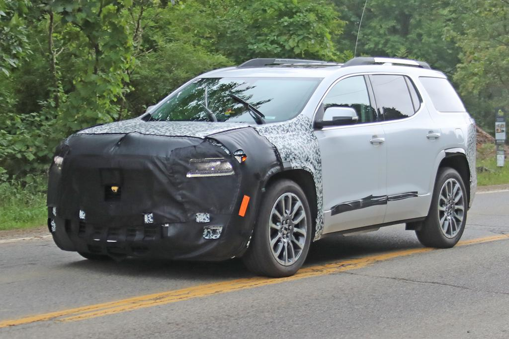 Spy Pics Incoming Holden Acadia Already Facelifted Motoring Com Au