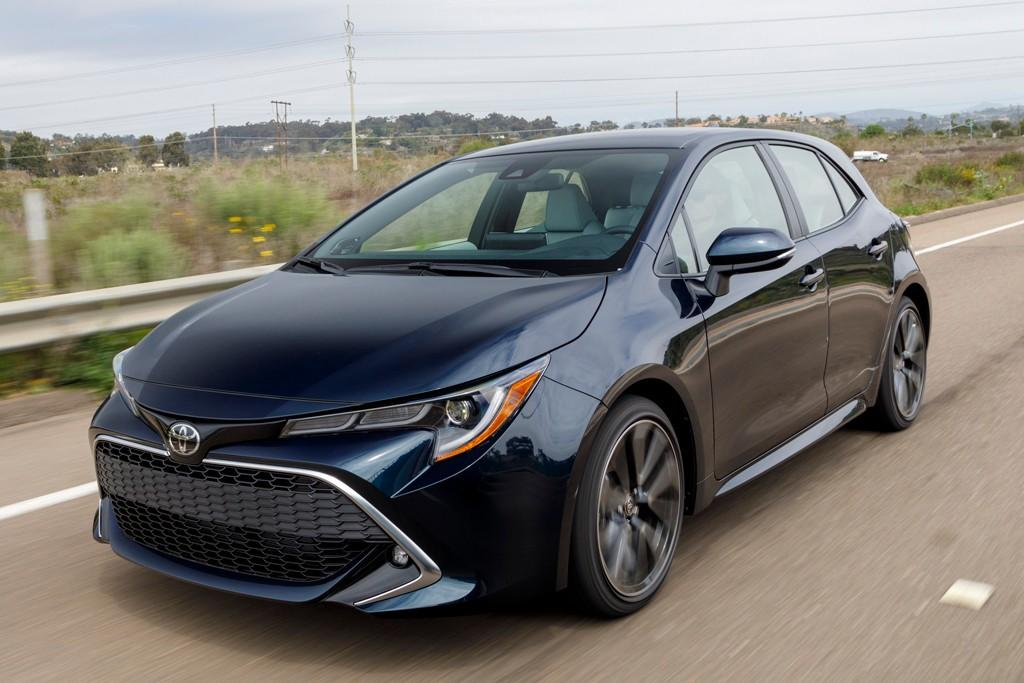 2019 toyota corolla hybrid due in august. Black Bedroom Furniture Sets. Home Design Ideas