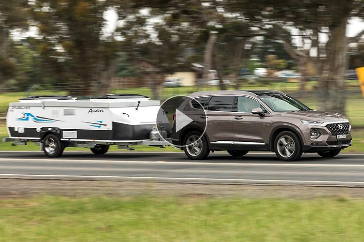 Hyundai Santa Fe 2019 Towing Video Review - motoring com au