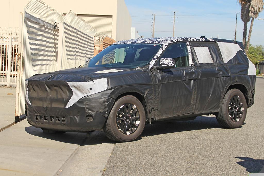 Spy Pics 2020 Jeep Grand Cherokee Motoring Com Au