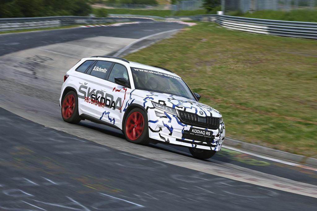 Skoda kodiaq rs sets seven seat suv nurburgring record for Skoda frankfurter ring