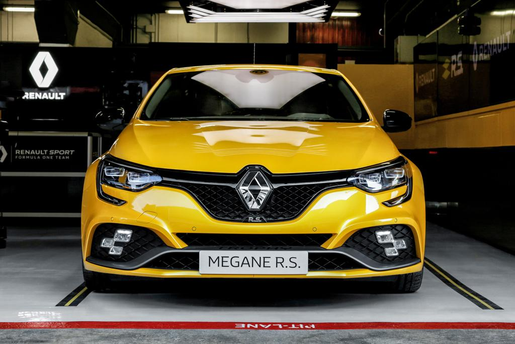 renault megane rs trophy unveiled. Black Bedroom Furniture Sets. Home Design Ideas