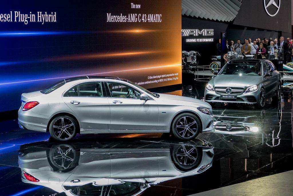 GENEVA MOTOR SHOW Mercedes CClass Powers Up Downsizes Motoring - Mercedes car show