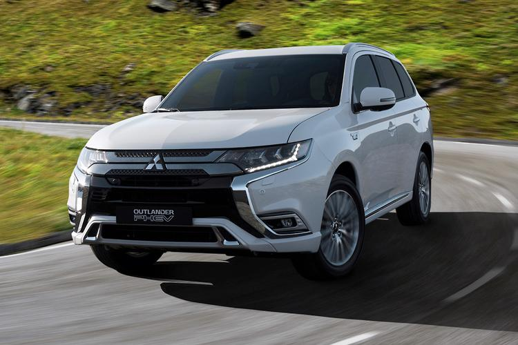 Mitsubishi Outlander Plug-in Hybrid gets more everything