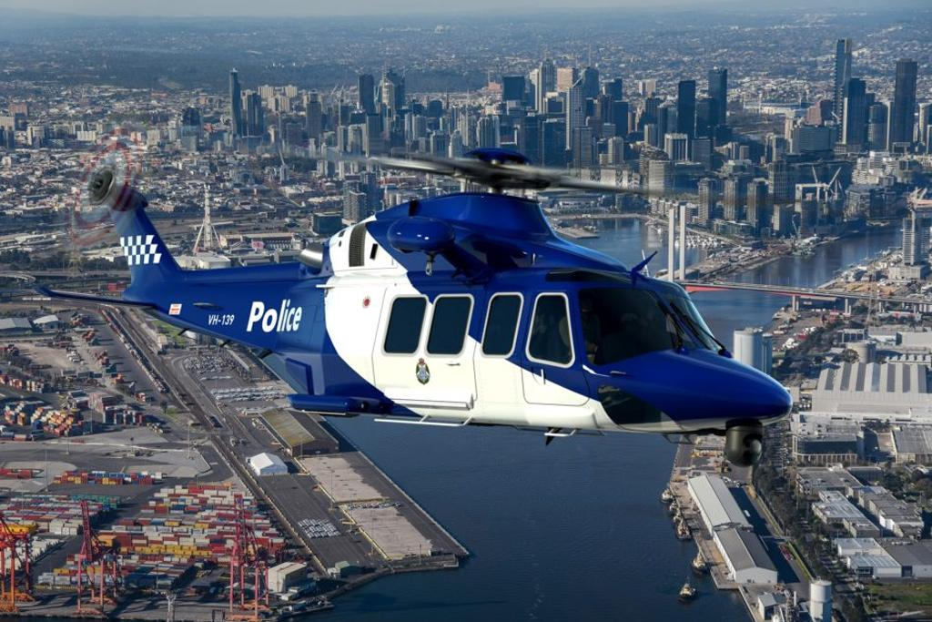 Australian police chopper nabs 56 speeding snow bunnies