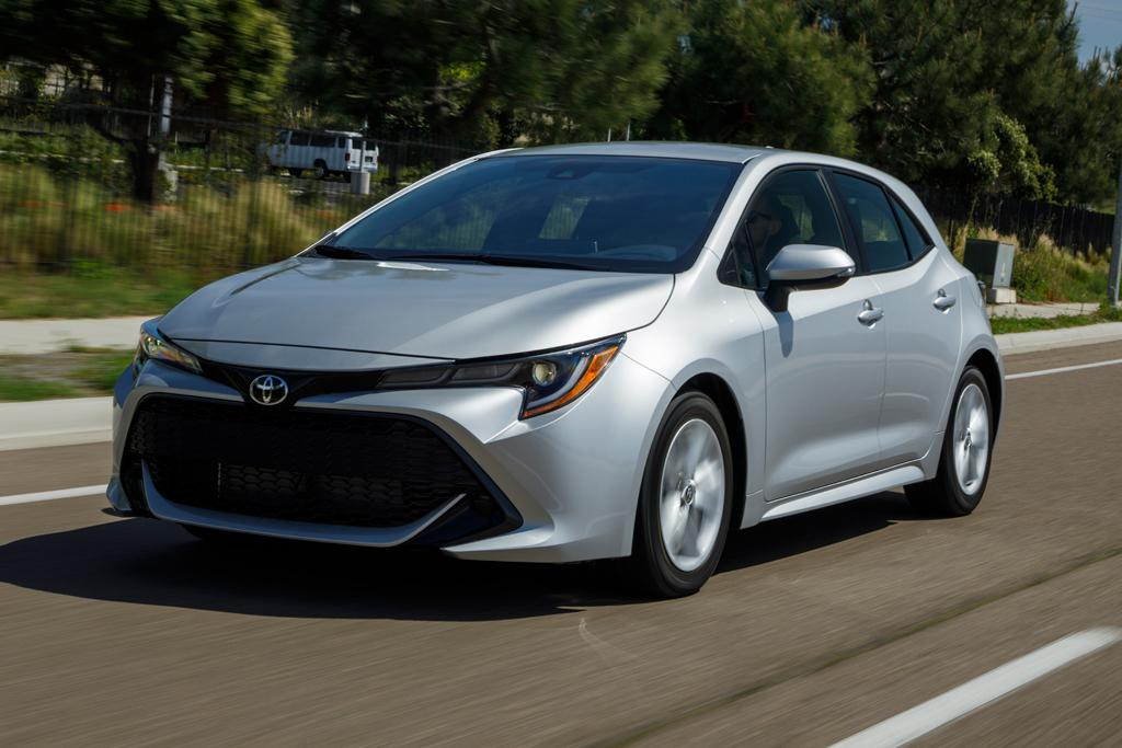 top 10 cool things about the new 2018 toyota corolla. Black Bedroom Furniture Sets. Home Design Ideas