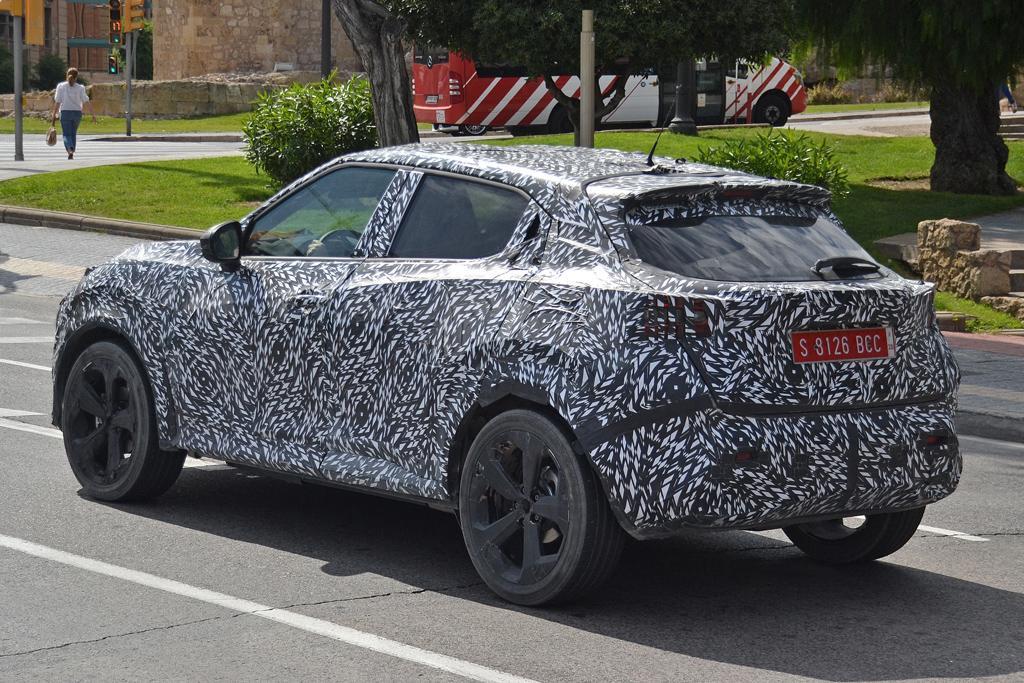 Spy Pics Next Gen Nissan Juke Breaks Cover Motoring Com Au