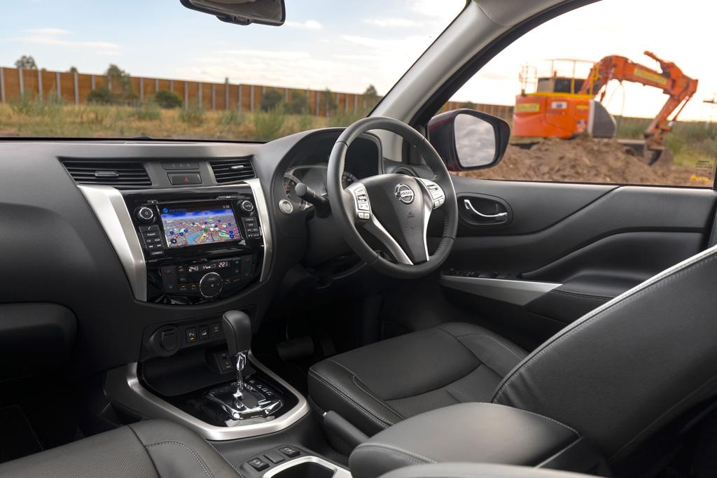 Nissan Navara 2018 Review - motoring.com.au