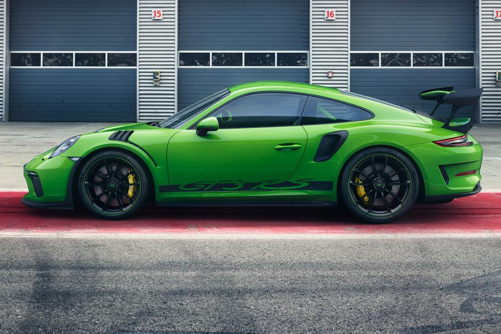 geneva motor show  power  porsche  gt rs
