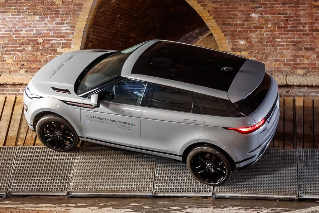 Range Rover Evoque 2019 Review - motoring.com.au