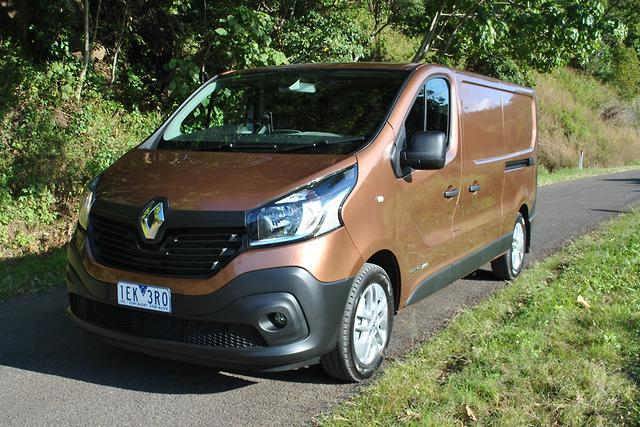 renault trafic 2016 long term test. Black Bedroom Furniture Sets. Home Design Ideas