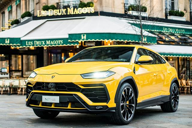 2018 lamborghini urus review gearopen. Black Bedroom Furniture Sets. Home Design Ideas