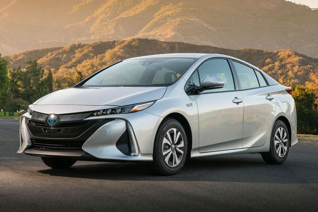 Tokyo Motor Show Toyota Australia To Launch Three New Hybrids By 2020
