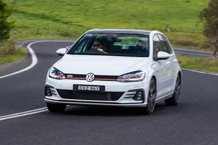 Volkswagen Golf GTI 2019 Review - motoring com au