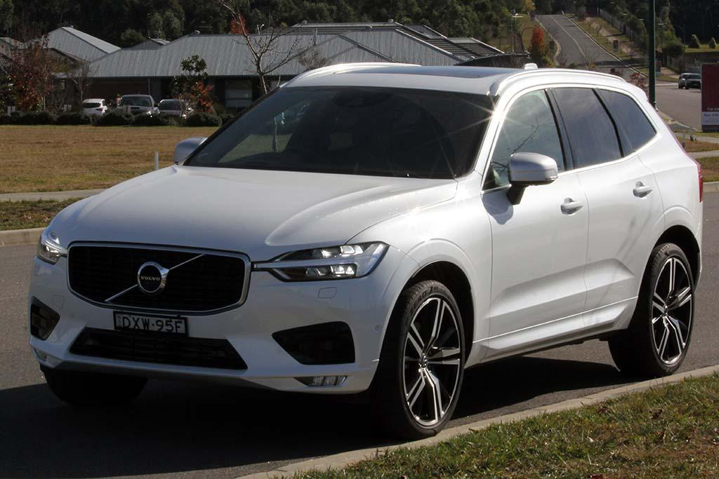2019 Volvo XC60: Changes, Design, Price >> Volvo Xc60 2019 Review Long Term Test 4 Motoring Com Au