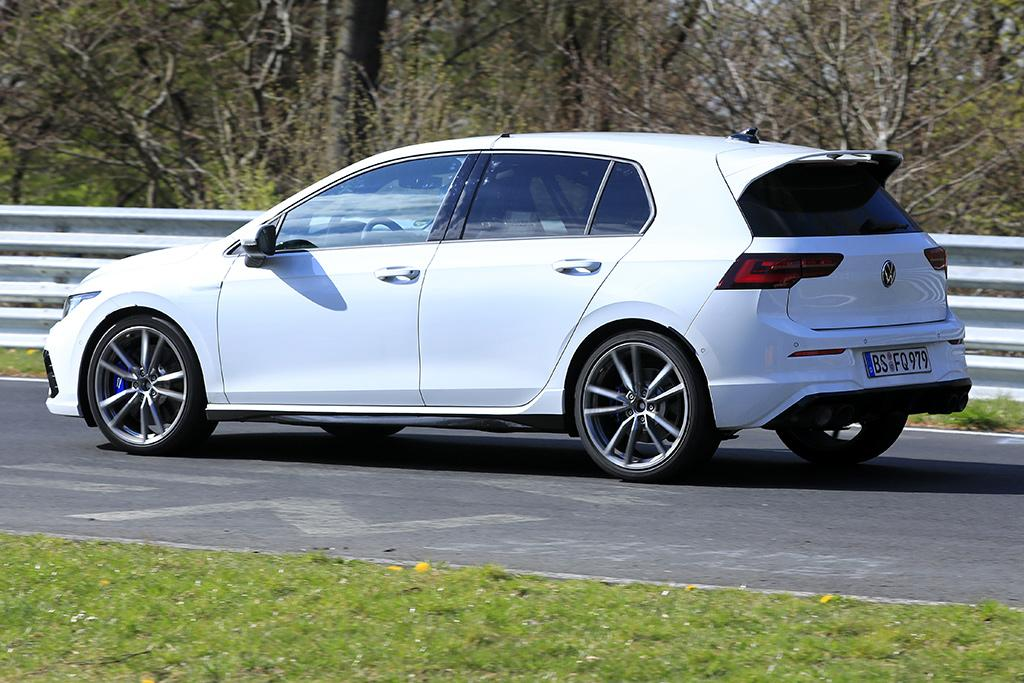 spy pics volkswagen golf r at the ring motoring com au spy pics volkswagen golf r at the